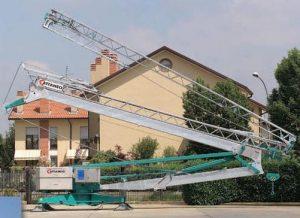 Stavebný žeriav Cattaneo CM 82S4   TOP CRANES