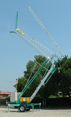 Stavebný žeriav Cattaneo CM 221 | TOP CRANES