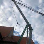 Samoskladací žeriav Cattaneo CM76 - rekonštrukcia strechy kostola Podunajské Biskupice | TOP CRANES
